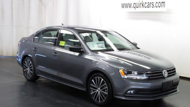 New Volkswagen Jetta Sedan 1.8T Sport