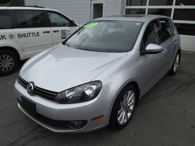 Used Volkswagen Golf TDI w/Sunroof & Nav